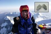 Rocks from the summit of Everest to be auctioned for earthquake-stricken Nepal